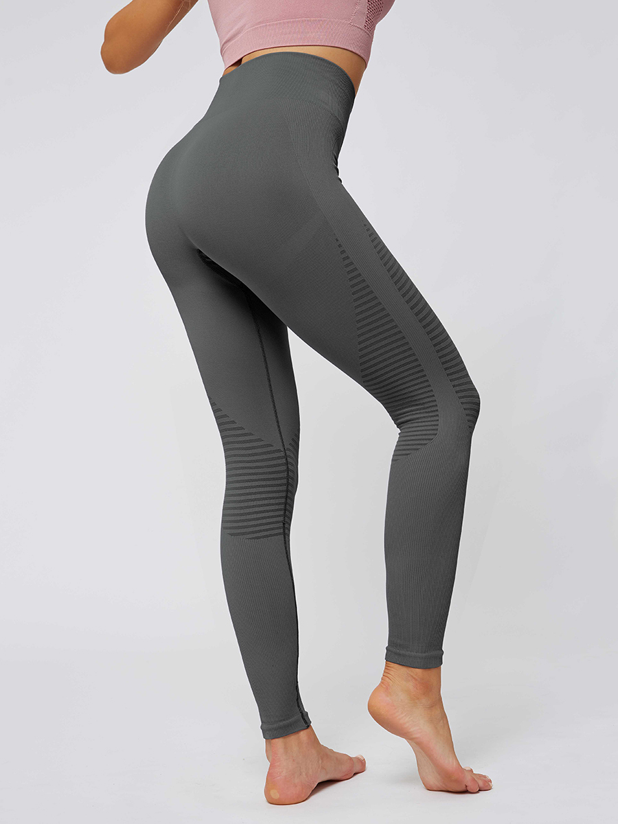 //cdn.affectcloud.com/lover-beauty/upload/imgs/Sportswear/Yoga_Legging/YD190252-GY1/YD190252-GY1-202001085e15a07bbeced.jpg