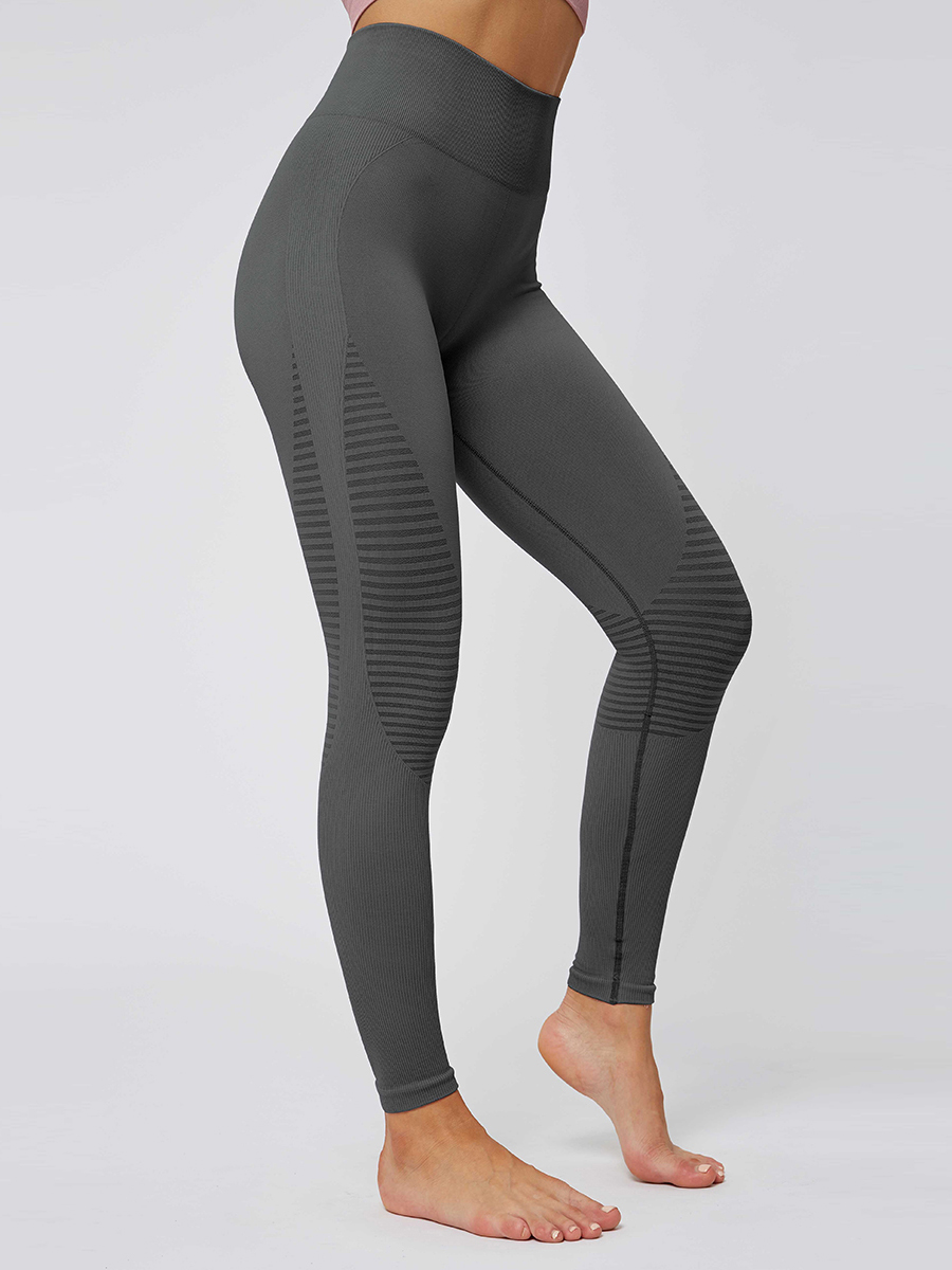 //cdn.affectcloud.com/lover-beauty/upload/imgs/Sportswear/Yoga_Legging/YD190252-GY1/YD190252-GY1-202001085e15a07bc08ac.jpg