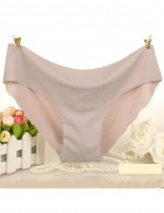 Understated Scallop Trim Panty Pure Color All Over Comfort