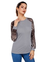 Dazzling Gray Round Collar Plus Size Top Patchwork Natural Women