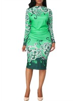 Beautifully Designed Green Midi Dress Long-Sleeved Queen Size Fashion Shopping