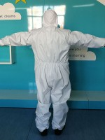 White Disposable Protective Clothing Anti-Dust For Outdoor