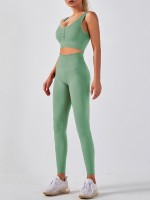 Light Green Button Seamless Sleeveless Sports Suit Snug Fit