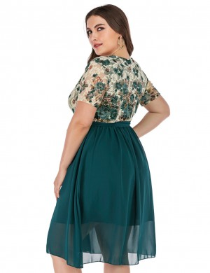 Classic Green Floral Print Belted Deep-V Plus Size Dress