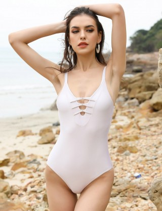 Super Trendy White One Piece Criss Cross Beachwear Pads Forward Women