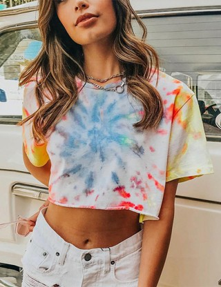 Mystic Print Short Sleeve Cropped Top Round Neck For Beauty