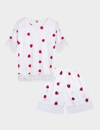 Vanity Short Sleeved Lace Hem Nightwear Set Strawberry Pattern Slim Fit