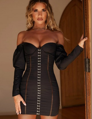 Demure Black Off Shoulder Hollow-Out Bodycon Dress Supper Fashion