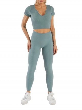 Light Blue Low-Cut Neck Short Sleeves Yogawear Suit Lightweight