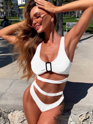 Sleek White Straps Bikini Hollow Out Scoop Neck For Beach
