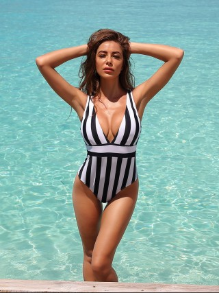 Feisty Black High Rise One Piece Swimsuit Backless Girls