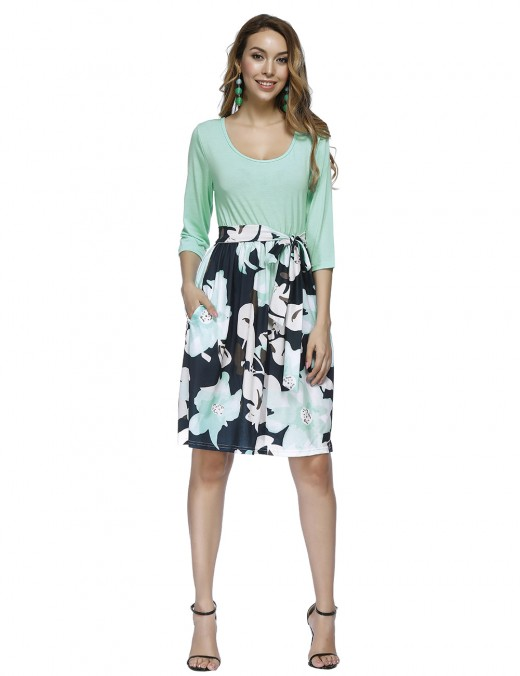Ultra Sexy Light Green Round Collar Floral Midi Dress Stitching