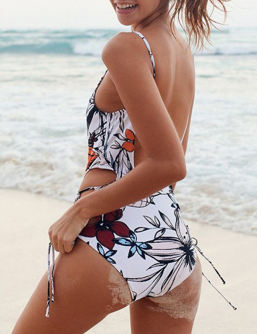 Beach Vacation White Floral Print Swimwear Backless Lace Up Ladies Elegance
