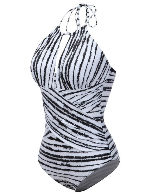 Functional Stripe Pattern One Piece Beachwear Big Size For Poolside Days