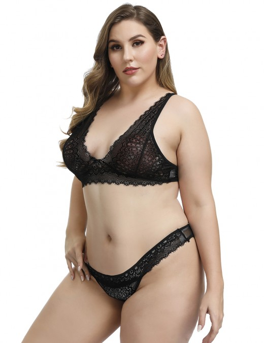 Catching Black Lace Plus Size Bralette Set Plunging Neck Dissolute Sleepwear