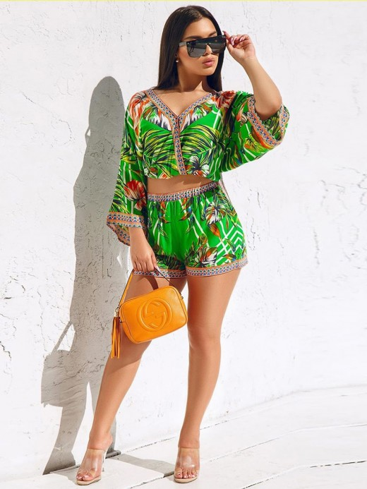 Comfy Green V Collar Top And Floral Printed Shorts Casual Women Clothes