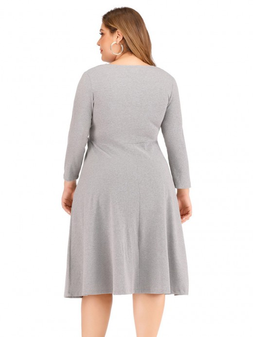 Suave Gray Solid Color V Collar Midi Dress Elegance
