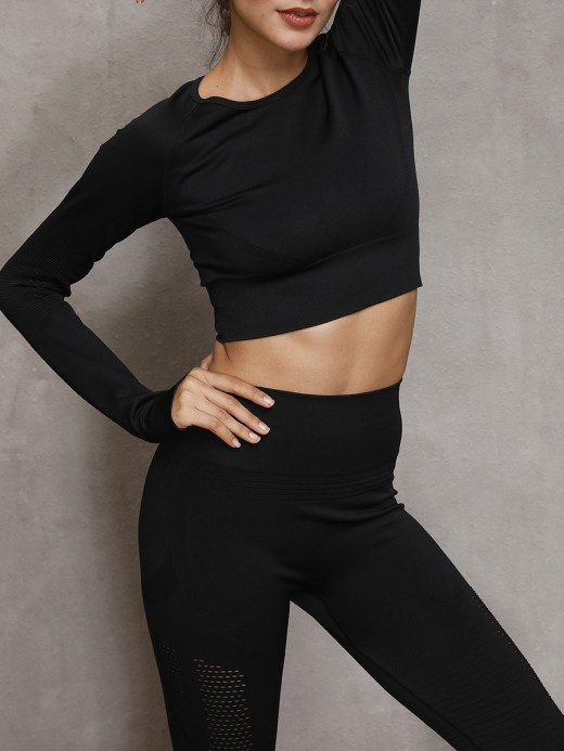 Perfectly Black Seamless Yoga Suit With Thumbhole Holiday