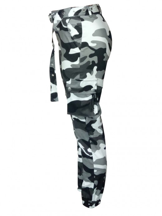 Snug Fit Camouflage Multi Pockets Cargo Pants Loose Fit